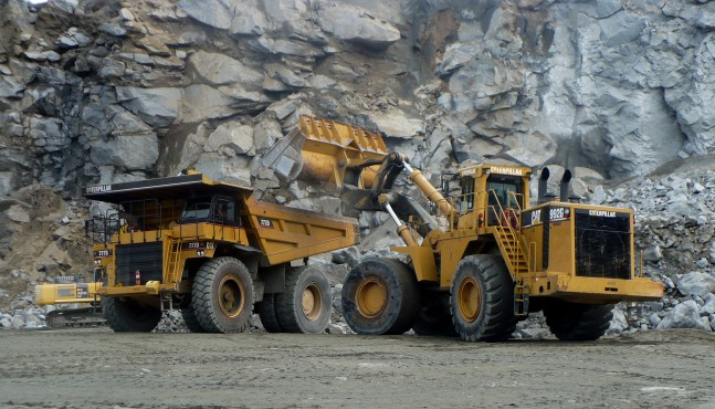 today the status of gold mining This paved the way for the formalised gold mining sector to take control and  regulate the gold mining in south africa today, companies like anglo american, .